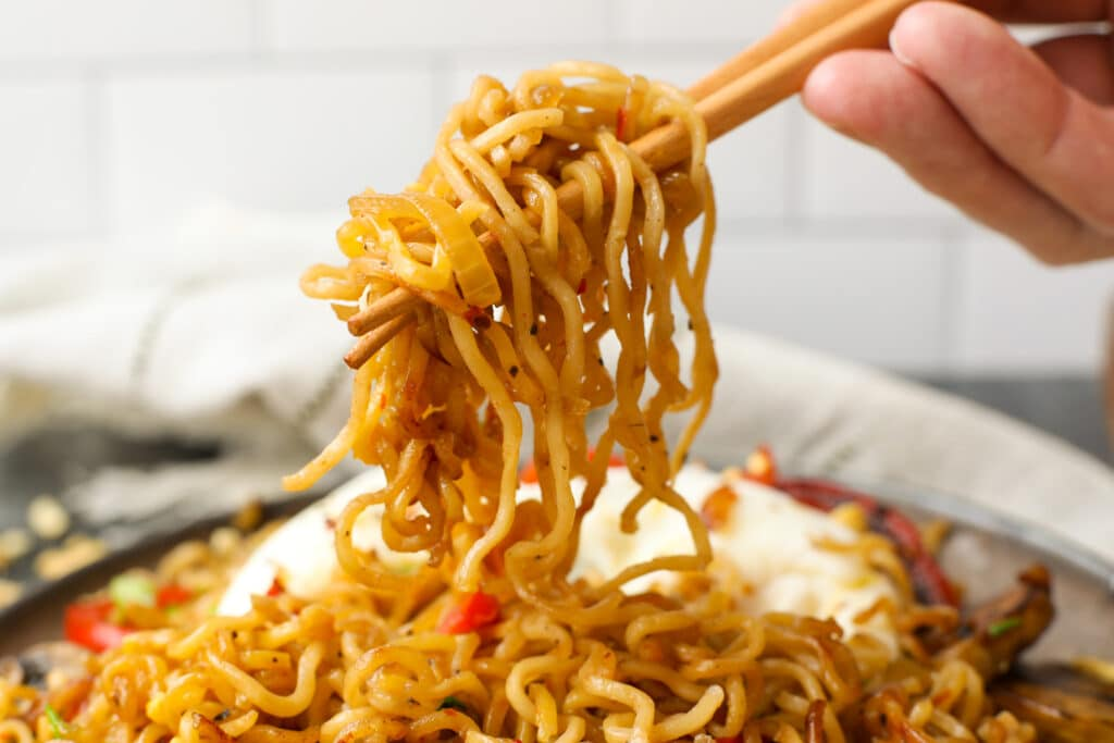 Ramen Noodles with Spicy Sauce - Healthyish Foods