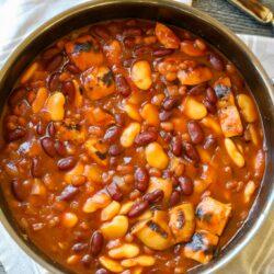 The BEST Baked Bean Recipe - Healthyish Foods