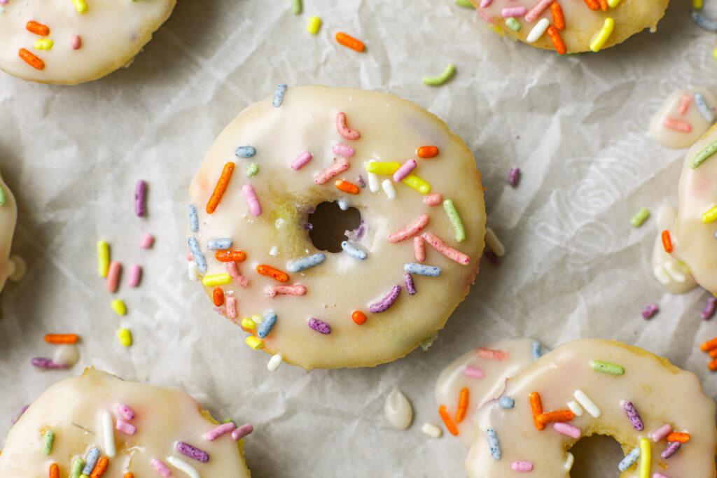 Baked Mini Vanilla Cake Donuts – Healthyish Foods