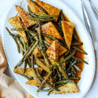 Crispy Tofu and Green Beans with Balsamic Soy Sauce – Healthyish Foods