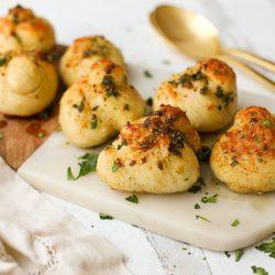 Homemade Garlic Knots – Healthyish Foods